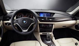 モデルチェンジを果たしたBMW X1がニューヨークデビュー|BMW 03