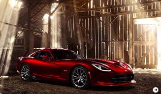 バイパー2013年モデル公開 SRT 02