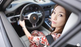 清水久美子のポルシェ911体験 Porsche 06