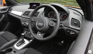 Audi Q3 2.0TFSI quattro 211PS アウディQ3 2.0 TFSIクワトロ 211PS