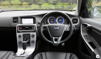 ボルボ V60 T4 R-DESIGNに試乗|Volvo