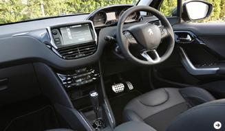 Peugeot 208|プジョー 208