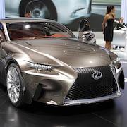 パリ現地リポート|Lexus
