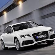 アウディ最速の5ドアクーペ RS7発表|Audi