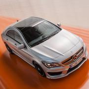 最小の4ドアクーペ「CLA」デビュー|Mercedes-Benz