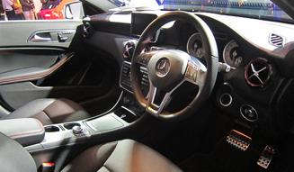 Mercedes-Benz A-Class メルセデス・ベンツ Aクラス