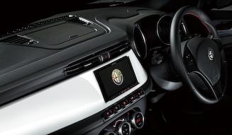 Alfa Romeo  Giulietta Competizione White Edition│アルファ ロメオ ジュリエッタ コンペティツィオーネ ホワイトエディション