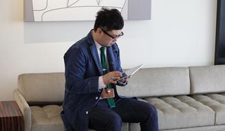docomo|Xperia(TM) Tablet Z|中野光章 03