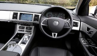 Jaguar XF 2.0 Luxury|ジャガー XF 2.0 ラグジュアリー