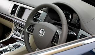 Jaguar XF 3.0 Premium Luxury|ジャガー XF 3.0 プレミアム ラグジュアリー