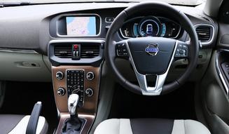 Volvo V40 Cross Country T5 AWD|ボルボ V40 クロスカントリー T5 AWD