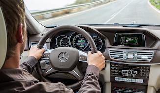 Mercedes-Benz E 300 BlueTEC HYBRID メルセデス・ベンツ E 300 ブルーテックハイブリッド