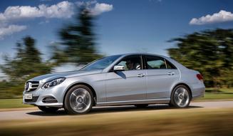Mercedes-Benz E 220 Blue TEC BlueEFFICIENCY Edition|メルセデス・ベンツ E 220 ブルーテック ブルー エフィシエンシー エディション