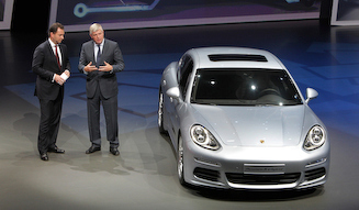 Porsche Panamera S E-Hybrid ポルシェ パナメーラ S E-ハイブリッド