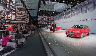 Audi A3 Cabriolet &amnp; Audi A3 Sportback e-tron アウディ A3 カブリオレ & アウディ A3 スポーツバック eトロン