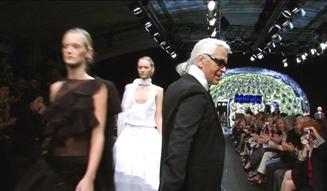 『ファッションを創る男~カール・ラガーフェルド~』 06