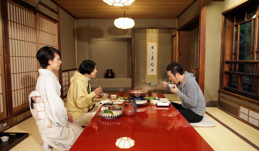 中村獅童がe-ゴルフで繰り広げるUnexpectedな旅 鳥料理店「鳥彌三」3