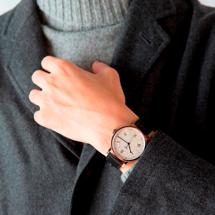 ストーヴァ 腕時計