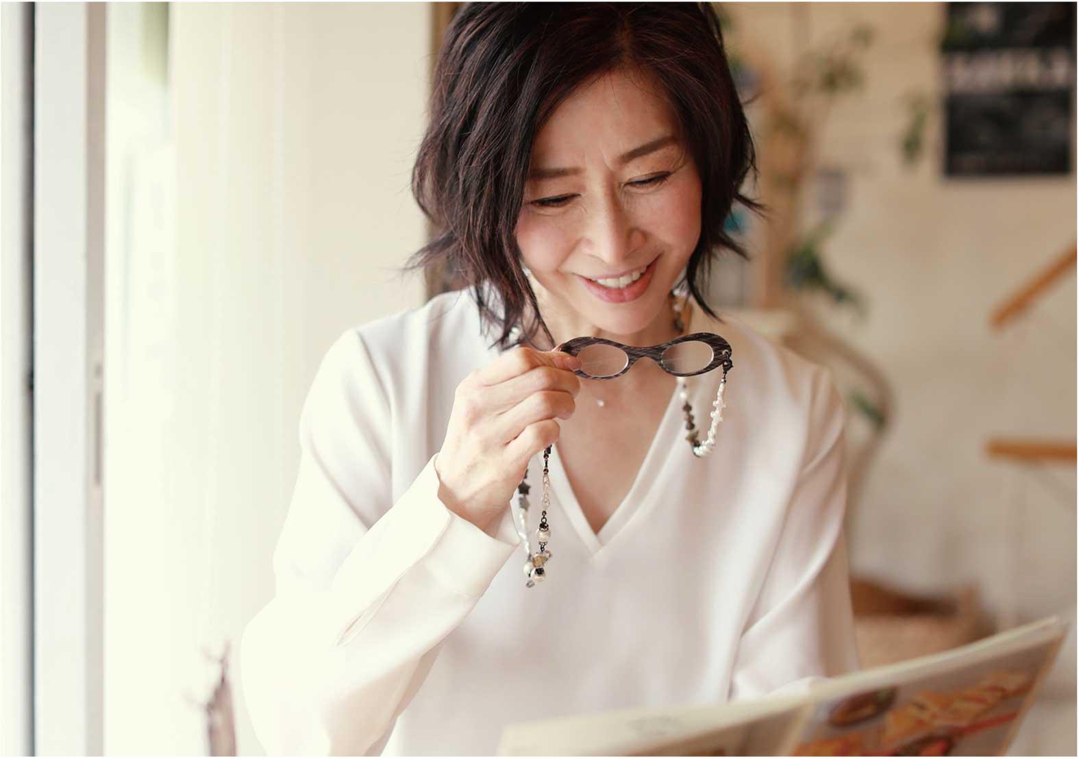 【商品開発】大人女性のためのルーペ「ルーペコリエ」からカスタマイズが楽しめる新ブランド「シュシュ」誕生(2017年9月号)
