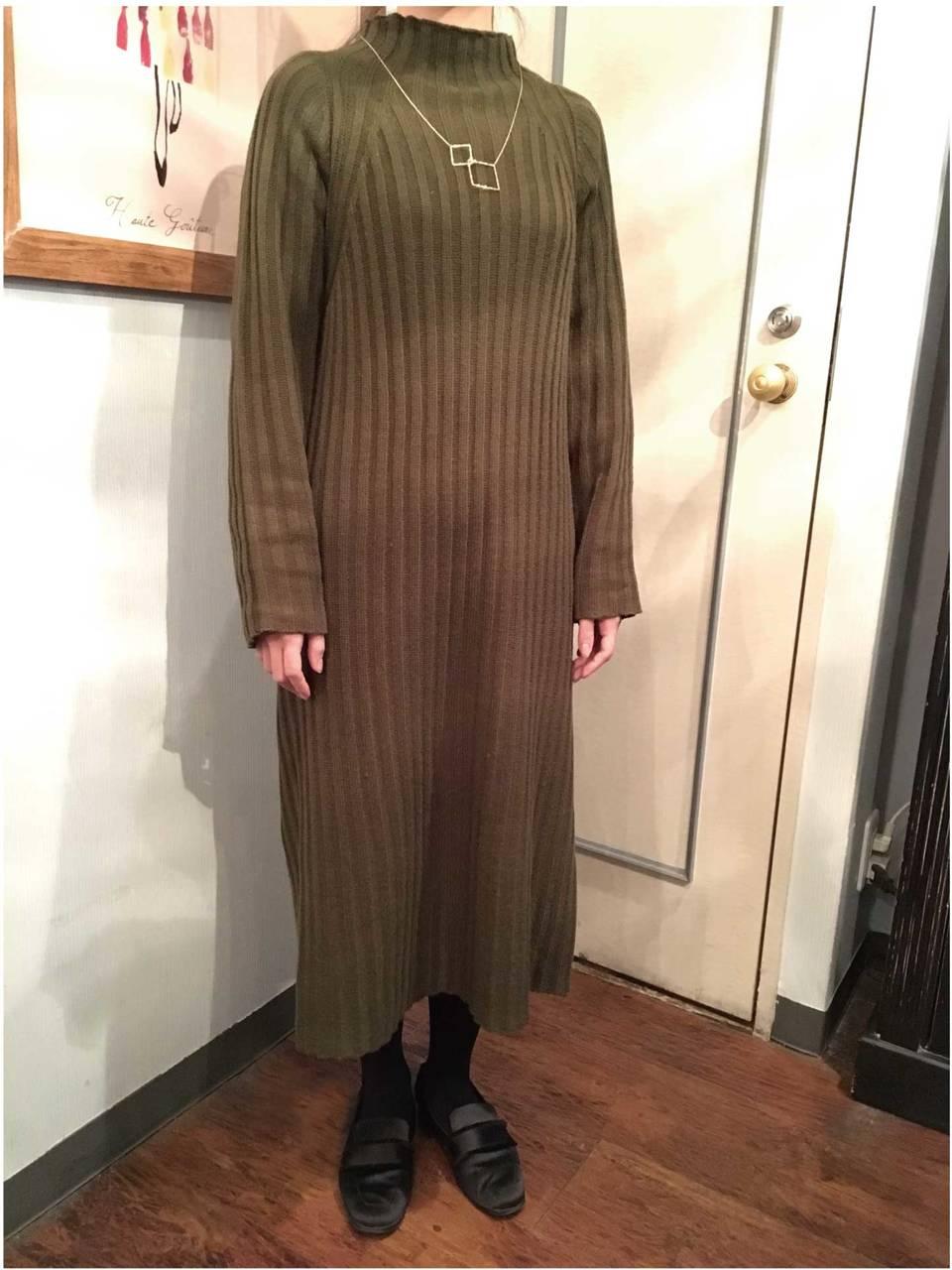 【ファッション】着やせ効果が期待できる 「ロングニットワンピース」(2019年3月号)