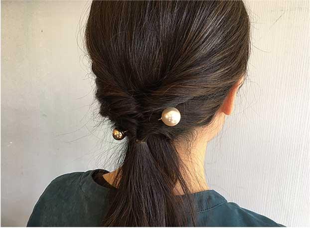 【ファッション】ありそうで無かった新感覚の髪飾り「ヘアバトン」(2017年12月号)