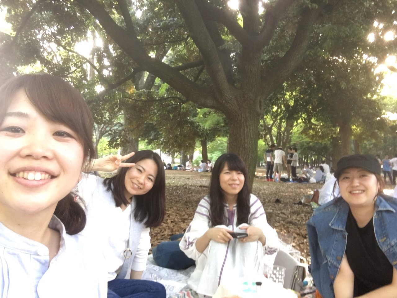 HERSTORY編集チームピクニック@代々木公園です!