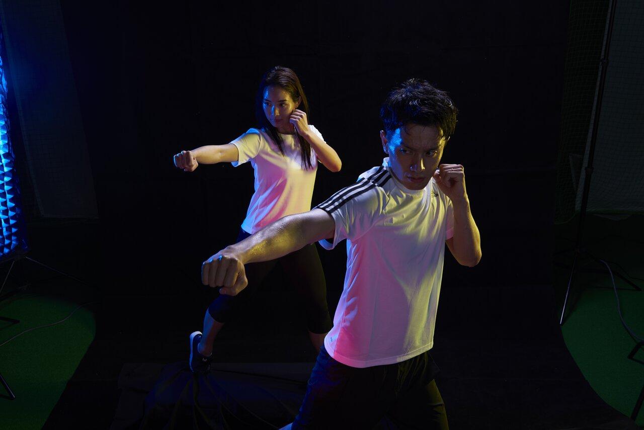「 暗闇ワークアウト」は照明を落とし、光の演出と大音量の音楽でトレーニングに没頭する人目が気にならない点が支持されている