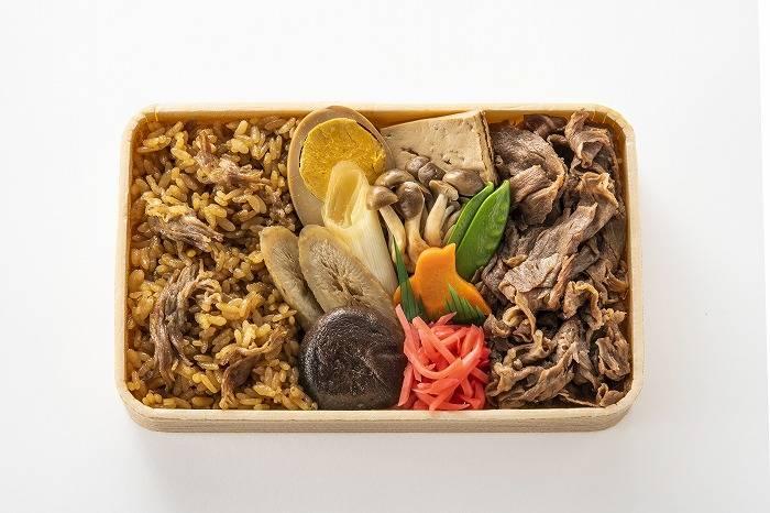 淺草今半牛肉飯 日幣1350元(含稅)