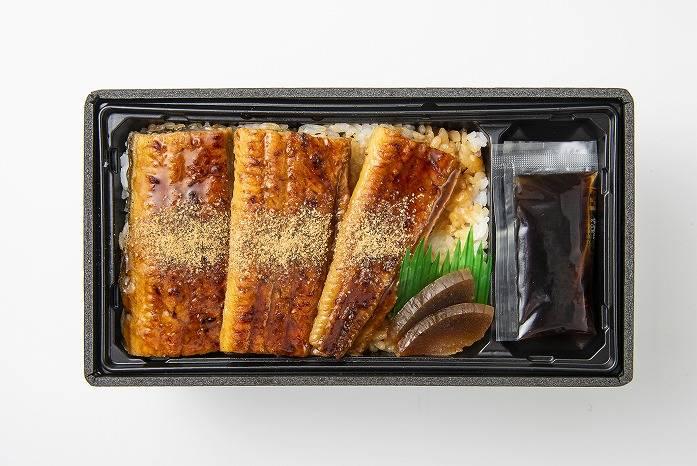 笹八 鰻魚蒲燒重 日幣2380元(含稅)