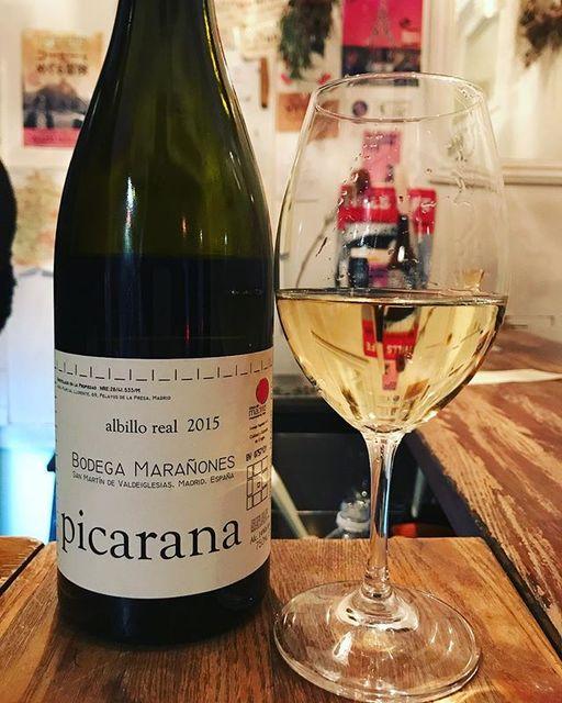 "winy on Instagram: ""Picarana 2015 / Bodegas Maranones - Madrid, Spain (Albillo) ピサラナ 2015 / ボデガ・マラニョネス - スペイン、マドリッド(アルビーリョ) #winy #winytokyo #vinnature…"" (8990)"