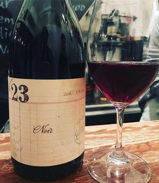 "winy on Instagram: ""#23 Noir 2016 / Minimus Wines (Chad Stock) - Oregon, U.S. (Pinot Noir, Trousseau, Gamay) #23 ノワール 2016 / ミニマス・ワインズ(チャド・ストック)-…"" (9094)"