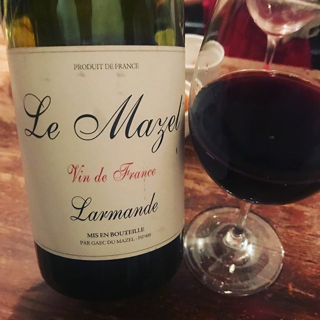 "winy on Instagram: ""Larmande 2006 / Le Mazel (Gerald Oustnic) - Rhone, France (Syrah) ラルマンド 2006 / ル・マゼル(ジェラルド・ウスリック)- フランス、ローヌ(シラー) #winy #winytokyo…"" (9220)"