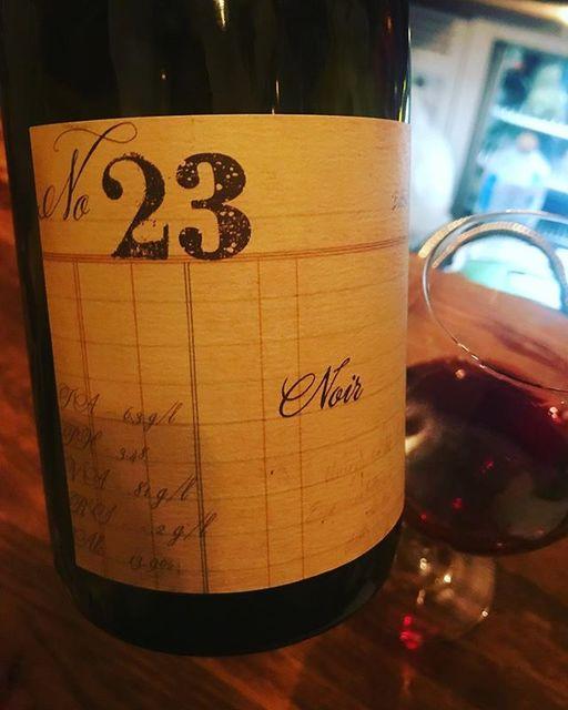 "winy on Instagram: ""No. 23 Noir 2016 / Minimus Wines (Chad Stock) - Oregon, U.S. (Pinot Noir, Trousseau, Gamay) No. 23 ノワール 2016 / ミニマス・ワインズ(チャド・ストック)-…"" (9320)"