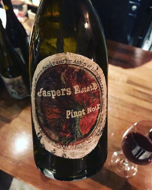 """winy on Instagram: """"Jaspers Estate Pinot Noir 2016 / Lucy Margaux (Anton van Klopper) - South Australia, Australia (Pinot Noir) ジャスパーズ・エステート・ピノ・ノワール 2016 /…"""" (9413)"""