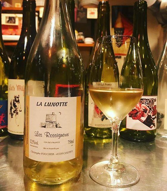 "winy on Instagram: ""Les Rossignoux 2015 / La Lunotte (Christophe Foucher) - Loire, France (Sauvignon Blanc) レ・ロシニュー 2015 / ラ・リュノッテ(クリストフ・フーシェ)-…"" (9978)"