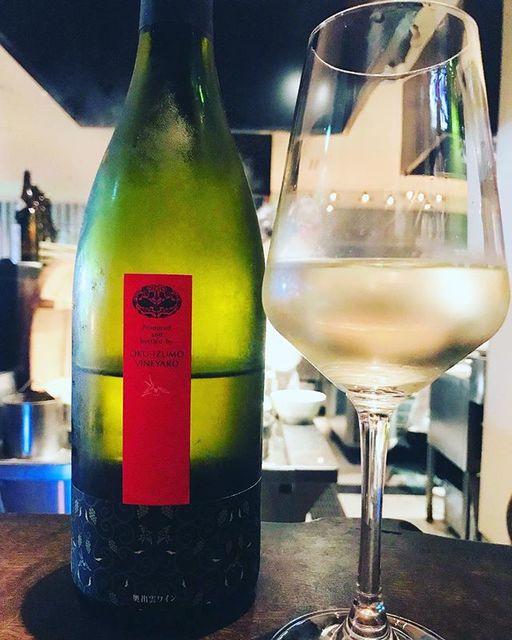 "winy on Instagram: ""Oku-Izumo Wine Blanc / Oku-Izumo Vineyard - Shimane, Japan (Seibel, White Pegase) 奥出雲ワイン・白 / 奥出雲葡萄園 - 日本、島根(セイベル、ホワイトぺガール) #winy #winytokyo…"" (10203)"