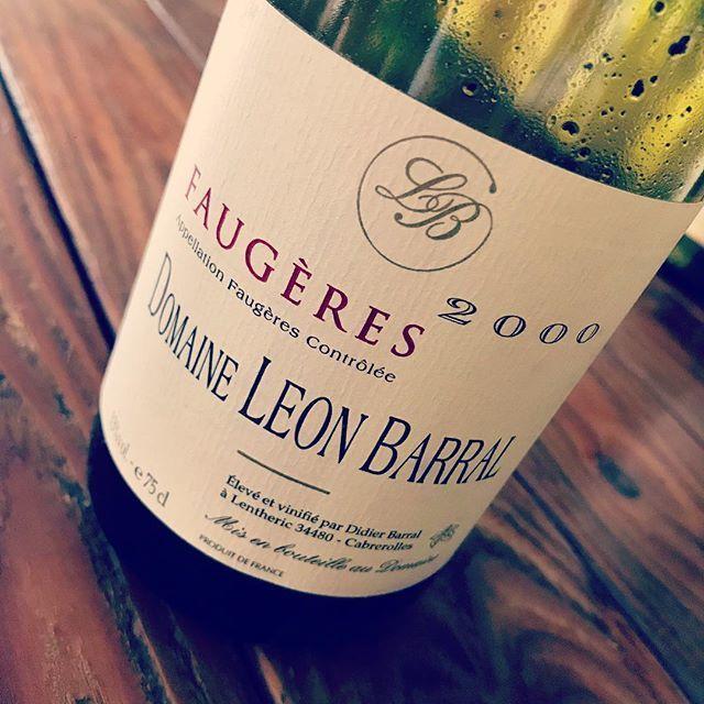 "nadja1963 on Instagram: ""18年経ったシンプル フォジェールでも美味しいんですよ、男前レオンバラルは。 20年前ラングドック男だったんです私。 #今夜は火曜日ですがナジャオープン❗️ #leonbarral #faugères #nadja #ラングドックの熟成世界 #oldvintagewine…"" (10625)"