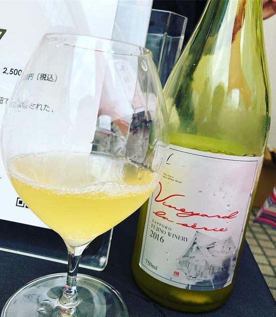 winyさんはInstagramを利用しています:「Nakai Blanc 2016 / Sapporo Fujino Winery (Tadayuki Uramoto) - Hokkaido, Japan (Muller Thurgau, Kerner) ナカイ・ブラン 2016 / さっぽろ藤野ワイナリー(浦本忠幸)-…」 (11196)
