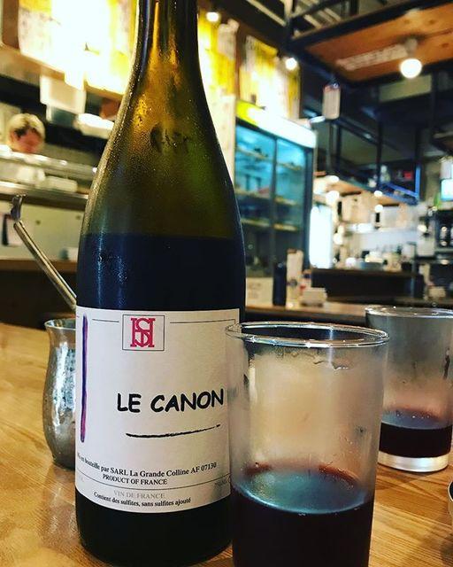 winyさんはInstagramを利用しています:「Le Canon Rouge 2016 / La Grande Colline (Hirotake Ooka) - Rhone, France (Grenache 50%, Syrah 40%, Merlot 5%, Cinsault 5%) ル・カノン・ルージュ 2016 /…」 (11355)