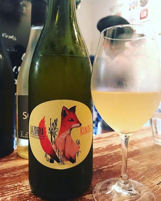 winyさんはInstagramを利用しています:「La Zorra Chardonnay 2016 / DON & Kindeli Wines (Alex Craighead) - Nelson, New Zealand (Chardonnay) ラ・ゾラ・シャルドネ 2016 /…」 (11436)