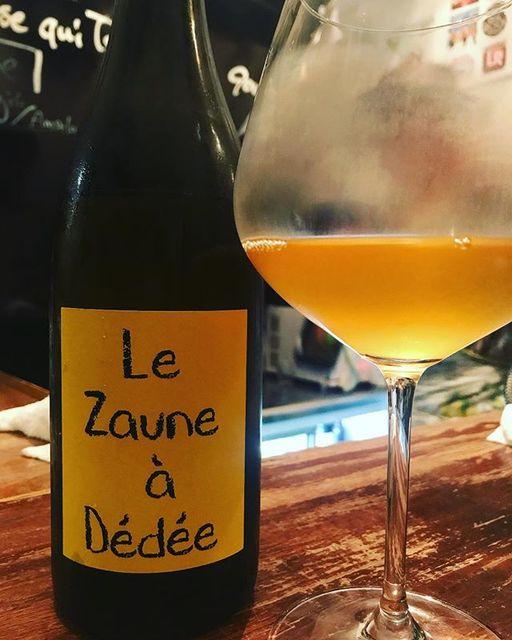 winyさんはInstagramを利用しています:「Le Zaune a Dedee 2015 / Anne et Jean-Francois Ganevat - Jura, France (Savagnin, Gewurtztraminer)  ル・ゾーヌ・ア・デデ 2015 / アンヌ・エ・ジャン・フランソワ・ガヌヴァ -…」 (11578)