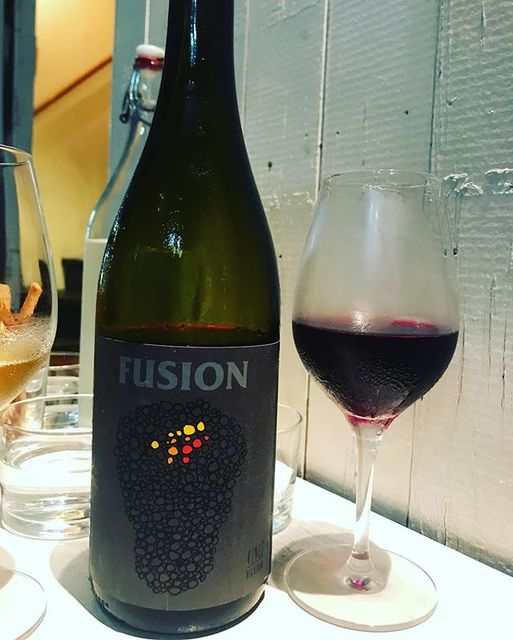 winyさんはInstagramを利用しています:「Fusion 2016 / No Control (Vincent Marie) - Auvergne, France (Gamay de Auvergne 50%, Gamay de Beaujolais 50%) フュージョン 2016 /…」 (12129)