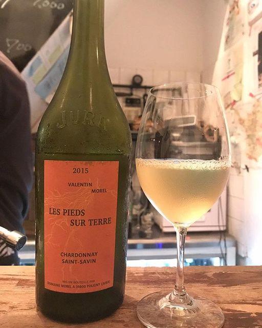 winyさんはInstagramを利用しています:「Chardonnay Saint Savin 2015 / Domaine Morel (Valentin Morel) - #Jura, #France (#chardonnay ) シャルドネ・サン・サヴァン 2015 / ドメーヌ・モレル(ヴァランタン・モレル)-…」 (12739)