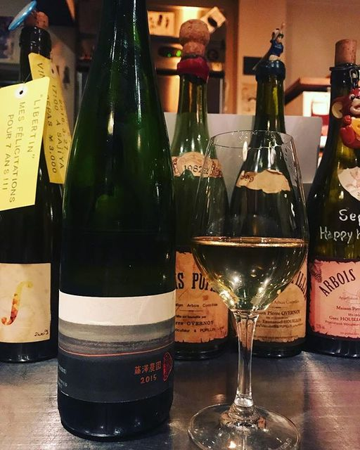 "winy.tokyo on Instagram: ""Fujisawa Firm 2015 / Kamihoro Wine (10R Winery) - #Hokkaido, #Japan (#Kerner) 藤澤農園 2015 / 上幌ワイン(10Rワイナリー)- #日本 #北海道(#ケルナー) #winytokyo…"" (13077)"