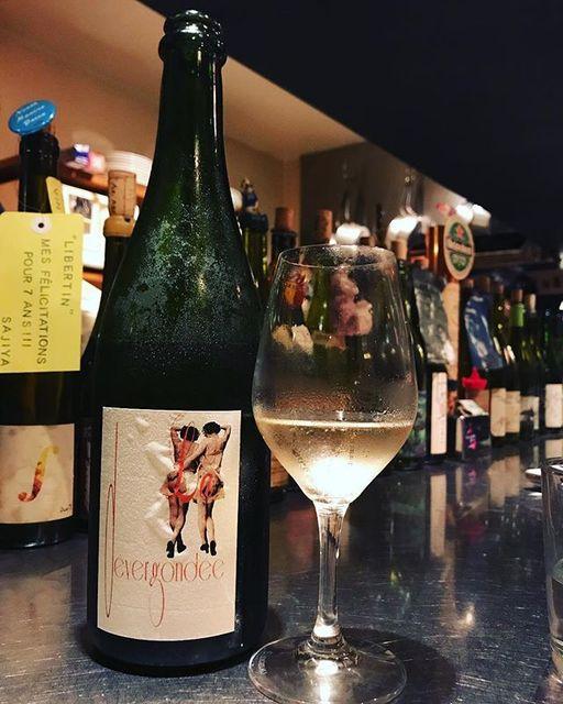 "winy.tokyo on Instagram: ""Devergondee 2016 / Fabrice Chaillou - #Loire, #France (#CheninBlanc) デヴェルゴンデ 2016 / ファブリス・シャイユー - #フランス、#ロワール(#シュナンブラン) #winytokyo…"" (13245)"