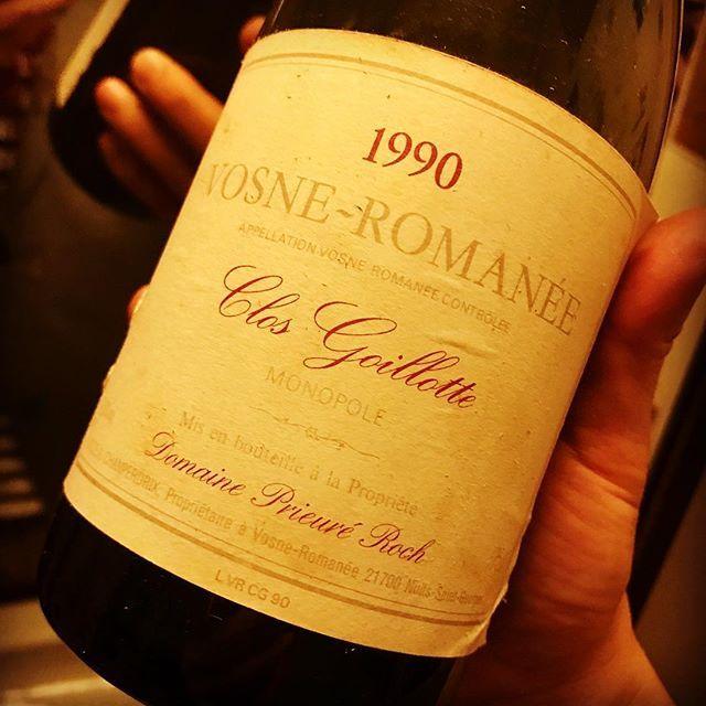 "nadja1963 on Instagram: ""アンリフレデリック ロックがこの日曜日に亡くなったようです。56歳。R.I.P. プリューレ ロックのワインを初めて飲んだのは'88 V.R.オー マジエール。もうこの前のエチケットを知る人も少なくなりましたが、'90のV.R.クロ…"" (13264)"