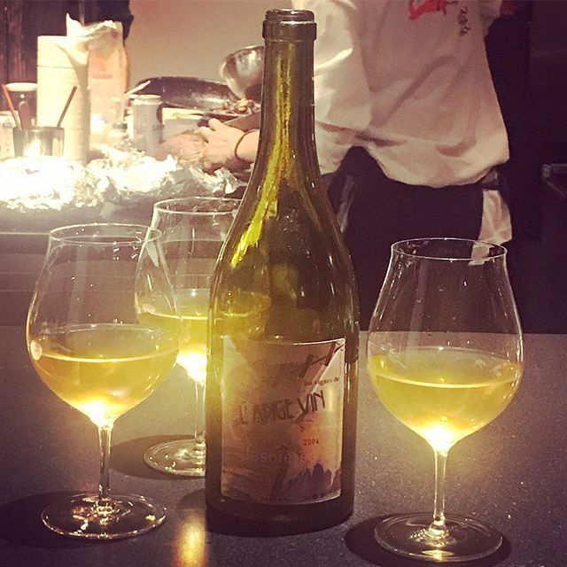 "winy.tokyo on Instagram: ""L'iris Du Loir Aoc Jasnieres 2004 / L'ange Vin (Jean Pierre Robinot) - #Loire, #France (#CheninBlanc)  リリス・デュ・ロワール・ジャニエール 2004 /…"" (13434)"