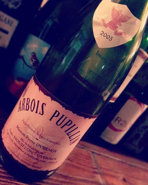 """nadja1963 on Instagram: """"アルボア プピヤン2005年。シャルドネでした。。このくらい熟成させたものはめちゃくちゃ旨いね❗️ ※来週17月曜日【東京でナジャの夜 幡ヶ谷flow】どなたさまでもお気軽に☆ 16昼は国連ワインラヴです。 #pierreovernoy  #wineapocalypse…"""" (13510)"""
