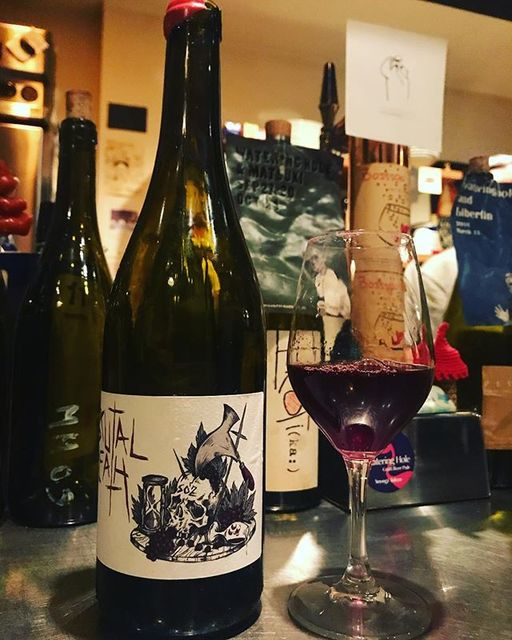 "winy.tokyo on Instagram: ""Brutal Death 2015 / La Sorga (Antony Tortul) - #Languedoc, #France (#Gamay, #Braucol, #Syrah, #CabernetSauvignon, #Mourvedre) ブリュタル・デス 2015…"" (13813)"