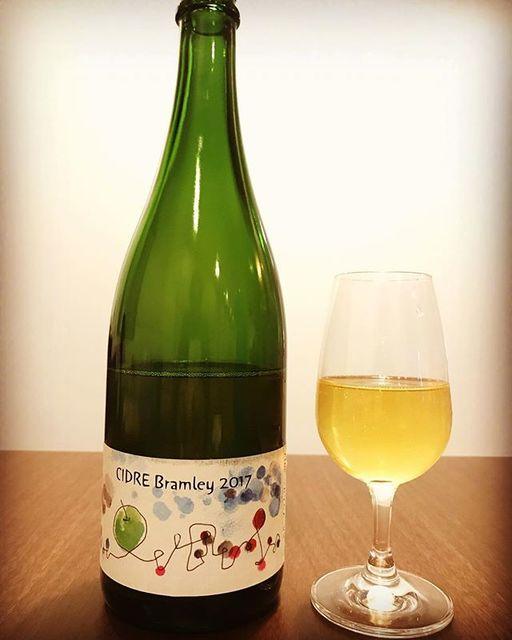 """winy.tokyo on Instagram: """"Cidre Bramley 2017 / Sapporo Fujino Winery (Tadayuki Uramoto) - #Hokkaido, #Japan (#Bramley) シードル・ブラムリー2017 / さっぽろ藤野ワイナリー(浦本忠幸)-…"""" (14019)"""